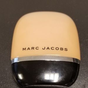 Marc Jacobs Shameless Foundation Y470